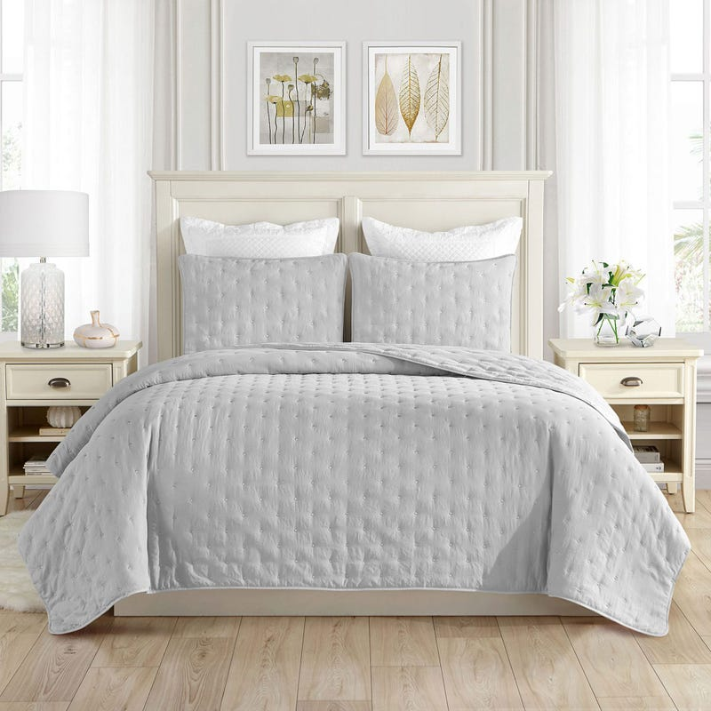 Dot Embroidery Twin Quilt Set – Grey