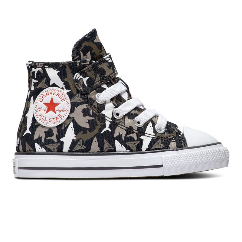 Chuck Taylor All Star Shark
