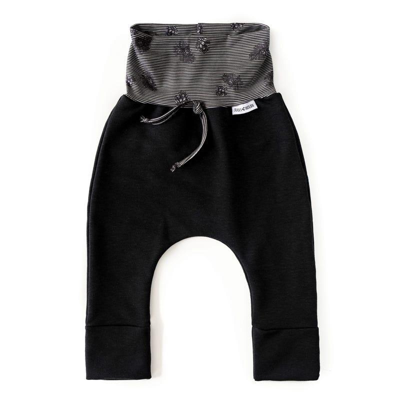 Black Scalable Pants 0-36m