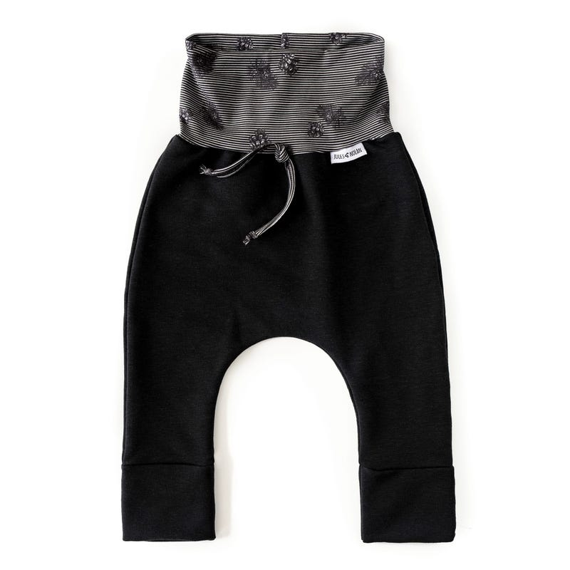 Black Scalable Pants 0-36m