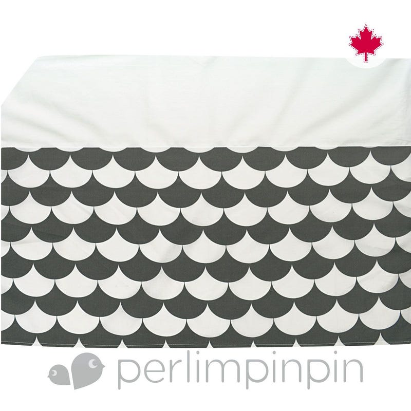 Printed Bed Skirt Triangle - Charcoal