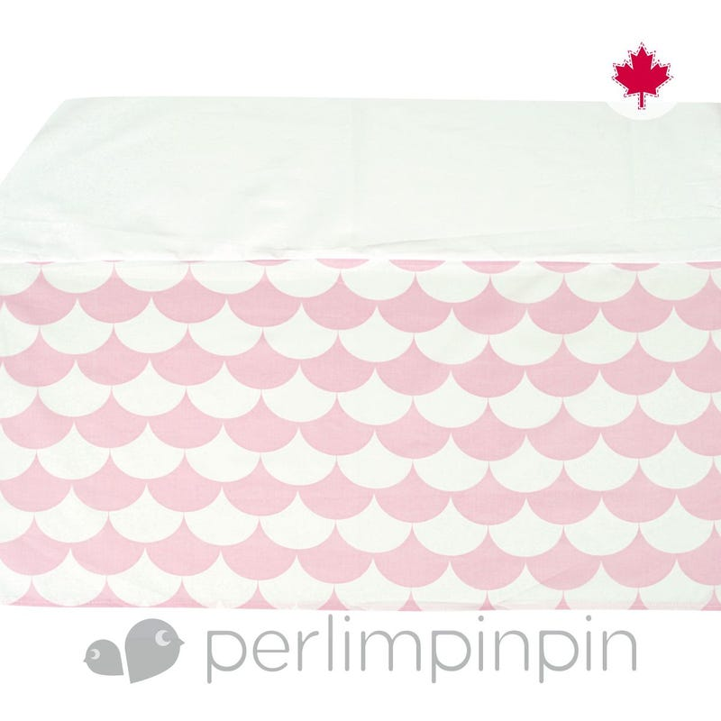 Printed Bed Skirt Scallops - Pink